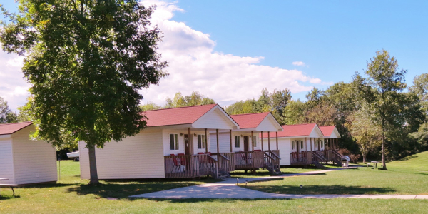 Lakeview Motel & Cottage