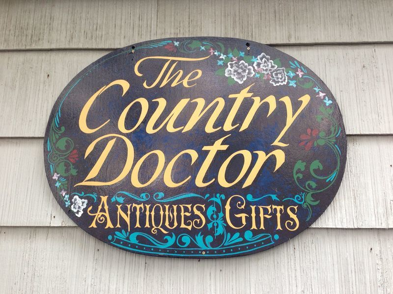 The Country Doctor Antiques & Gifts